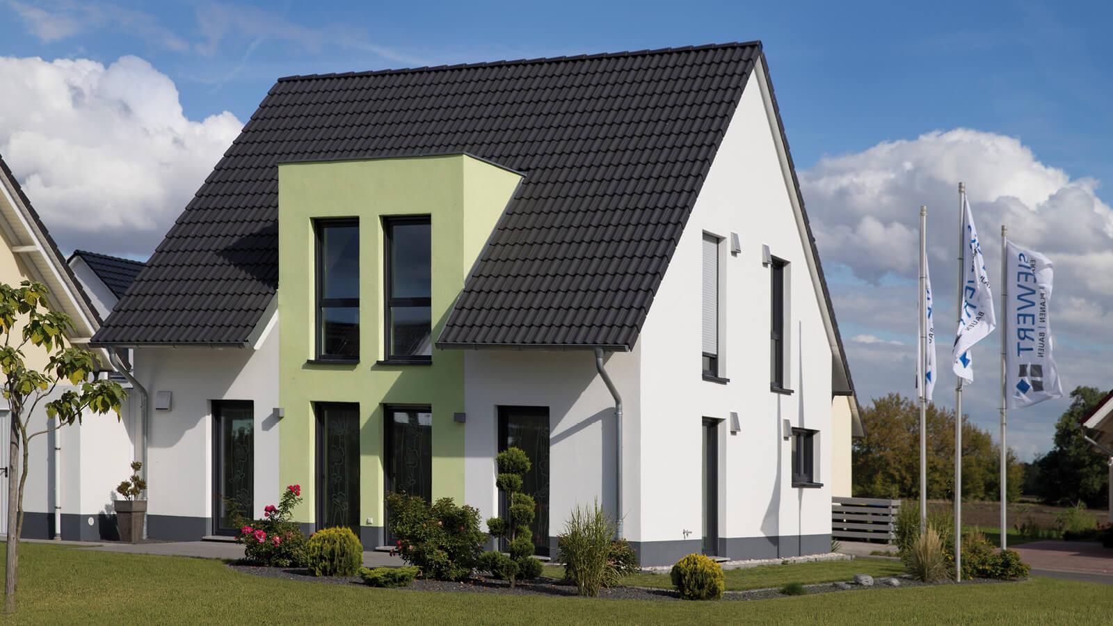 Musterhaus bierrain siewert hausbau for Haus bauen 2016
